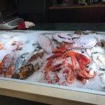 bancone per la scelta del pesce