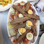 Fantástica comida, el atún muy riquísimo! La carne aquí es la mejor que he comido. La terraza qu