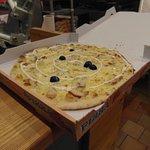 Nos pizzas à emporter (La Kebab)