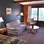 Larege rooms, Lodge decor