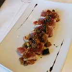 Tataki de atún - Restaurant Can Ribas (Sant Gregori-Girona)
