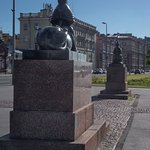 Воскресенская набережная. Памятник жертвам политических репрессий.