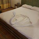 Платите 1.у.е. и имеете чистые полотенца и лебедей ;)
