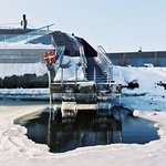 Enjoy ice swimming between your sauna sessions
