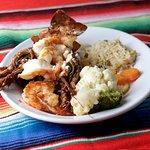 Lobster and shrimp / Langosta con camarones