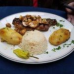 Foto de La Casa Ouzeria Restaurant
