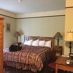 Hotel Selkirk Photo