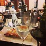 Bruschetta e vinho Pata Negra