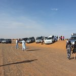Excursion of a group with 4x4 adventure in the desert of merzouga