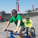 Cycling the city wall