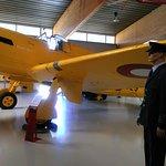 Een geel vliegtuig, hmm opvallend.