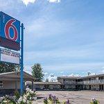 Motel 6 - Fort Nelson