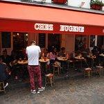 Chez Eugene, Place du Tertre, Montmartre, Paris, França