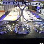 bami, nasi, witte rijst en ook mihoen
