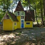Castle Village Enchanted Kingdom张图片