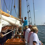 Endeavor Sailing Excursions张图片