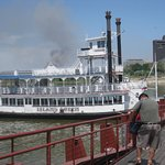 The Island Queen, lovely paddle steamer,