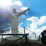 Vista do Cristo Blanco ao entardecer.