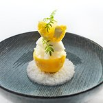 Citroen dessert van ons restaurant menu (*Michelin)