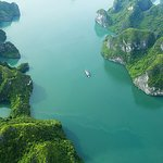 Discovery Halong Cruises