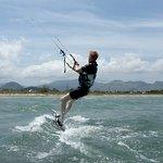 nejlepší kite spoty v Mallorce se naučíte kitesurfing s katedrálou v Mallorce v červenci