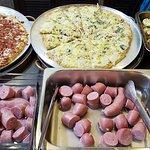 Buffet comidas típicas e pizza