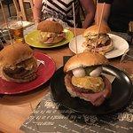 Amascalzon Burgerhouse照片
