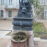 entre fontaines et lavoirs Fontaine O5