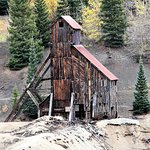 Just one of many old mining structures along the Red Mountain/ Million Dollar Highway.