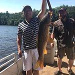 Redbeard Bowfishing Tours照片