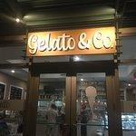Foto de Gelato & Co. Cremeria Italiana