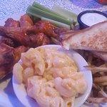 Bone in wing dinner, mac n cheese, fries