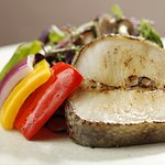 메로와 구운 채소 / steamed jumbo shrimp with chestnuts / メロと野菜焼き / 烤鲈鱼和蔬菜 / Korean Traditional Food