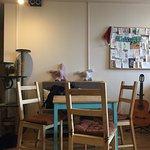 В кафе очень уютная атмосфера