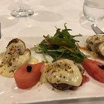 Foto de La Vue Waterfront Restaurant