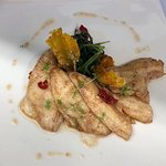 filetti di pesce persico reale al burro e salvia con pistilli di zafferano del Baldo