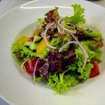 Легкий, овощной салат.