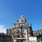 Het stadhuis aan de markt