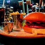 Big Cheeseburger with Chips