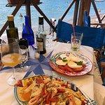 Foto de Spiaggia Bar Ristorante La Marinella