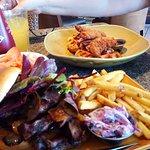 Foto de Harvester Restaurant
