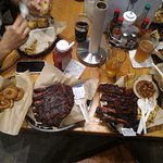 Buz and Ned's Real Barbecue Foto