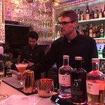 Foto van 28 Bistro Bar