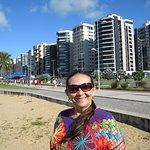 Praia urbana muito frequentada