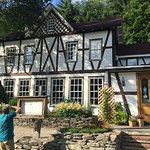 Swiss Hutte Inn & Restaurant张图片