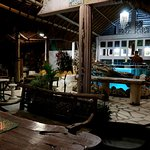 Cumibar Restaurant & Lounge Bar