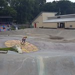 Great skate park, a lot of different areas to skate and it is the oldest skatepark in the world
