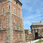 l'accès à la tour