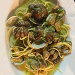 Spaghetti con vongole- clams sweeter than ones in US