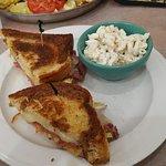 Foto van Peg's Glorified Ham n Eggs